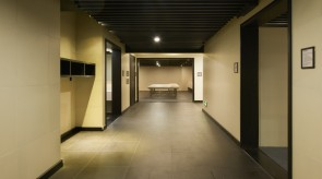大浴場に向かう廊下