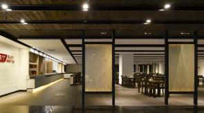 2階レストラン